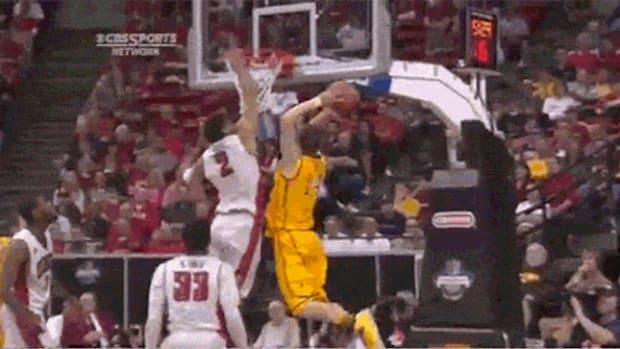 josh-adams-wyoming-dunk.jpg