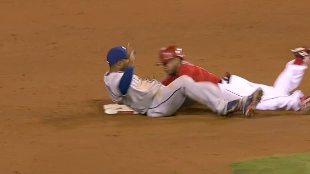 Elvis Andrus Makes Amazing Tag On His Back