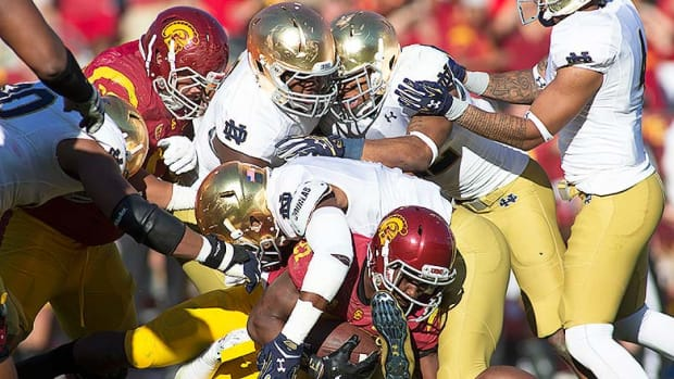 15 Facts About the Notre Dame vs. USC Rivalry You May Not Know