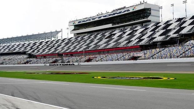 Daytona-TriOval_800.jpg