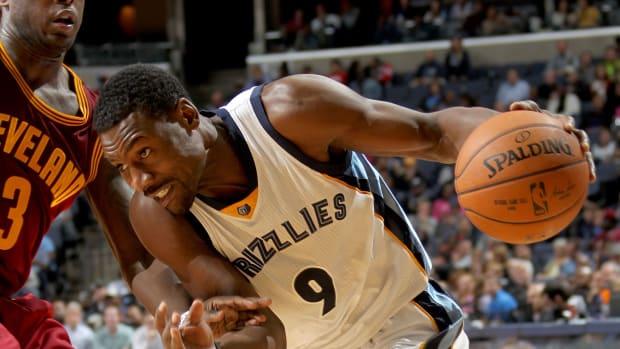 Memphis Grizzlies' Tony Allen Fined $15K For Smacking a Cameraman