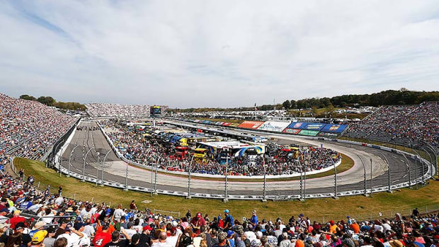 Fantasy NASCAR Picks: The Best 2018 First Data 500 Lineup