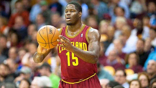5 Worst No. 1 Draft Picks in NBA History