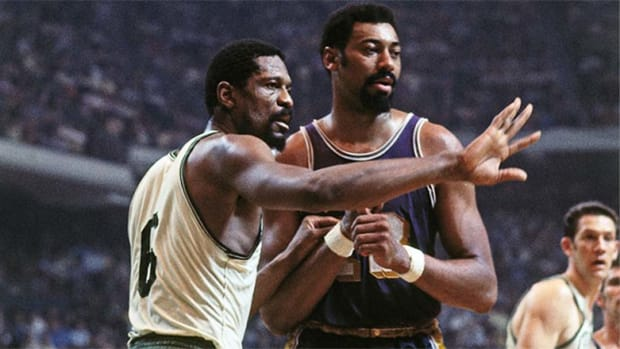 All-time Best Centers: Bill Russell and Wilt Chamberlain