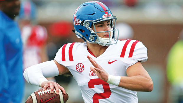 Ole Miss vs. Kentucky Football Prediction and Preview