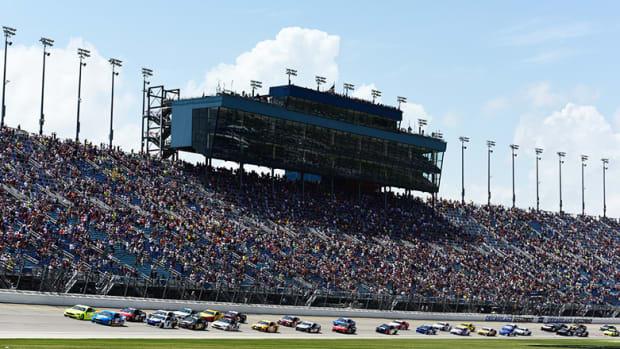 NASCAR Fantasy Picks: Best Chicagoland Speedway Drivers for DFS