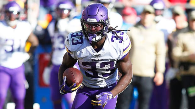 NFL DFS: Best DraftKings and FanDuel Predictions and Picks for Week 16 Friday and Saturday Games