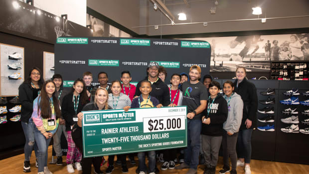 Russell Wilson Spends Giving Tuesday Surprising Seattle-Area Children with Shopping Spree