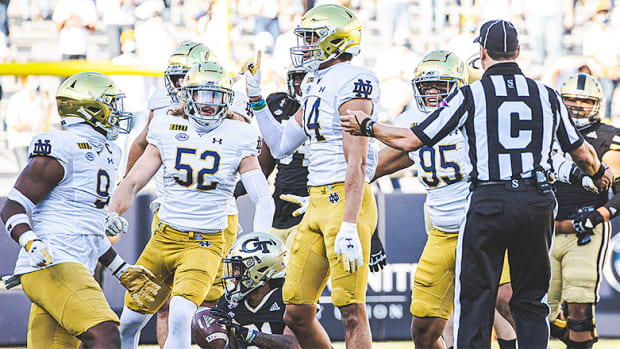 Notre Dame Football: An Early Look at the Defense and Special Teams in 2021