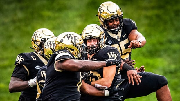 Wake Forest (WF) vs. Syracuse Football Prediction and Preview