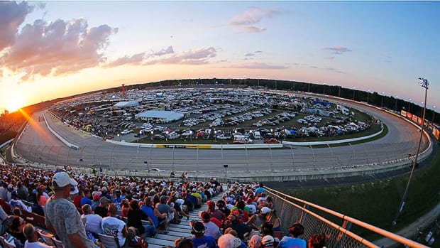 NASCAR Fantasy Picks: Best Darlington Raceway Drivers for DraftKings