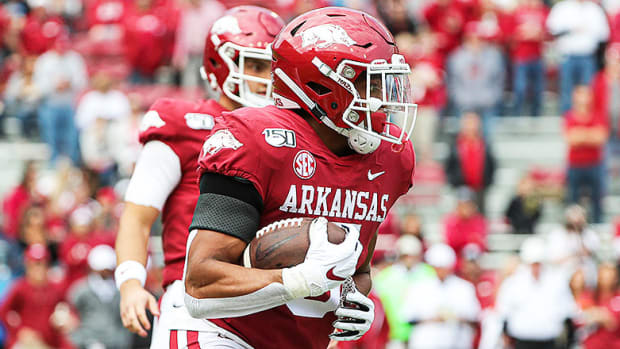 Tennessee vs. Arkansas Football Prediction and Preview