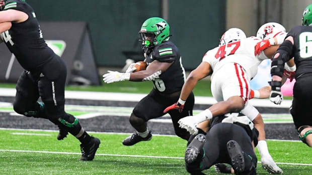 North Dakota Football: Otis Weah and the Fighting Hawks are Flying High