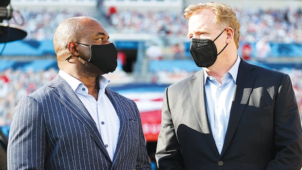 NFLPA Executive Director DeMaurice Smith and NFL Commissioner Roger Goodell