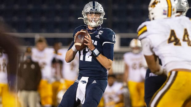 Carson Strong, Nevada Wolf Pack Football