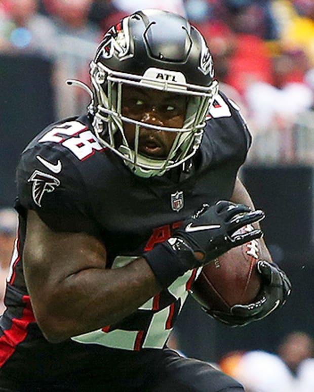 Mike Davis, Atlanta Falcons