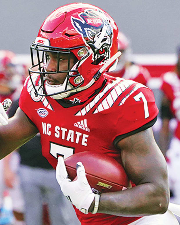 """Zonovan """"Bam"""" Knight, NC State Wolfpack Football"""