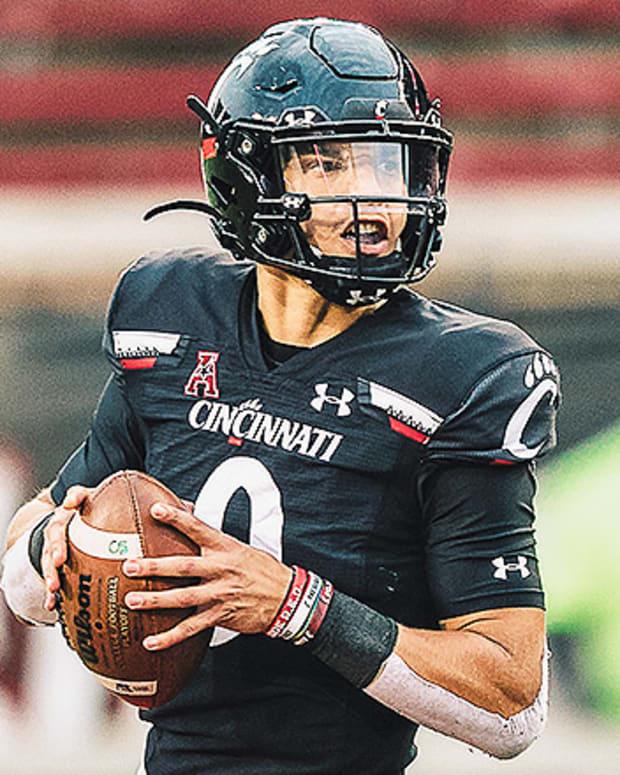 Desmond Ridder, Cincinnati Bearcats Football
