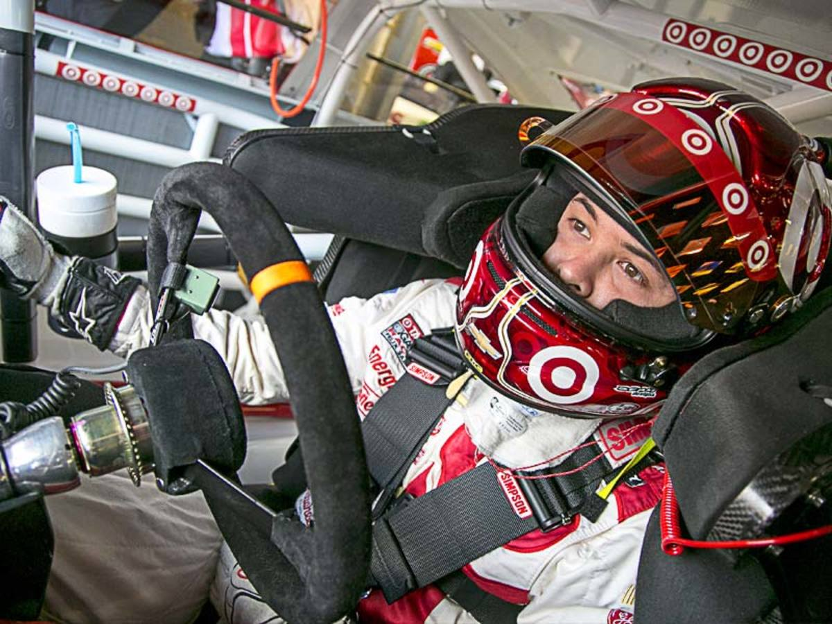 Larson-Cockpit_800.jpg
