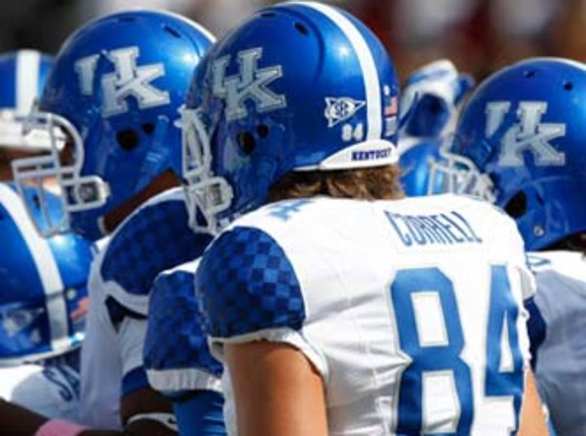 Kentucky_football_team_2011_332.jpg