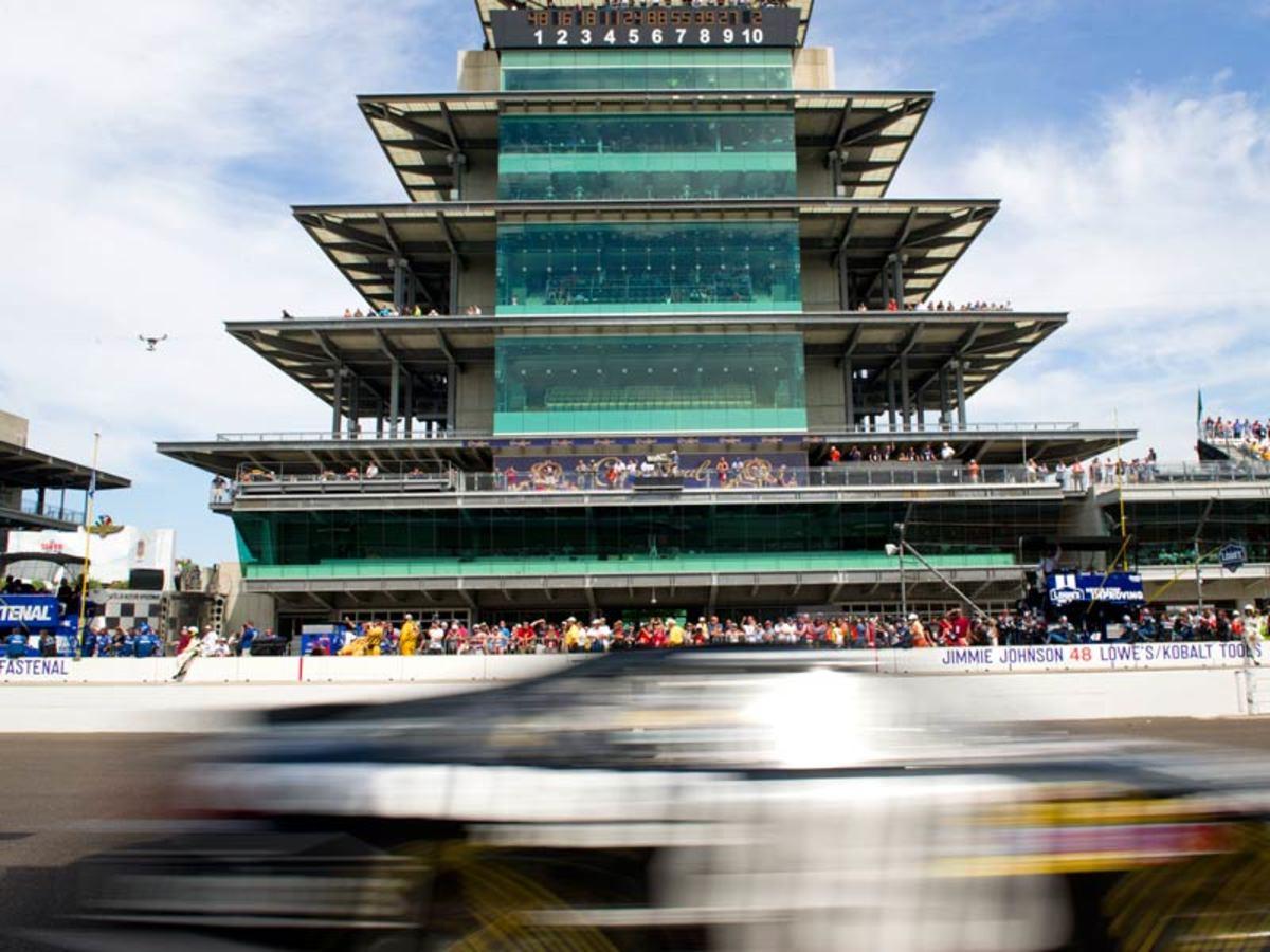 Indy-Pagoda_800.jpg