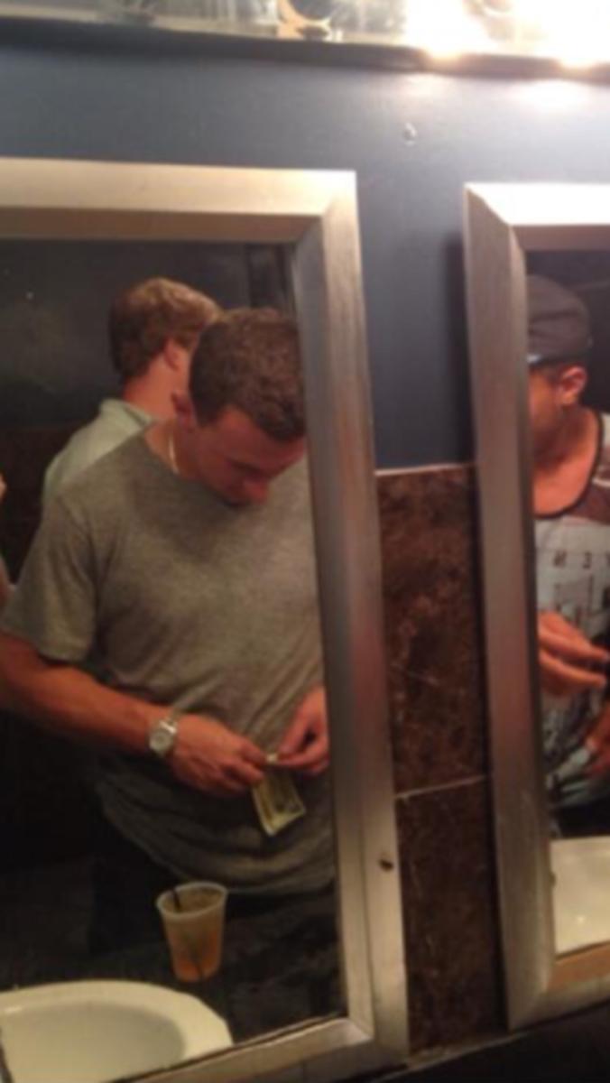 manziel-money-restroom.png