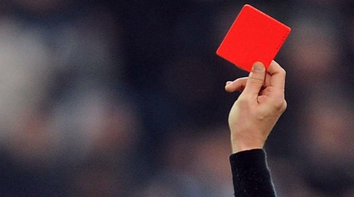red-card-cu.jpg