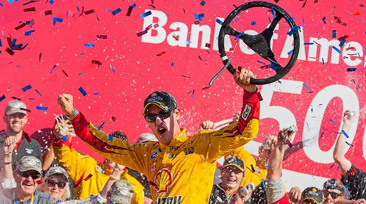 Joey Logano 2015 Bank of America 500 Charlotte Motor Speedway winner