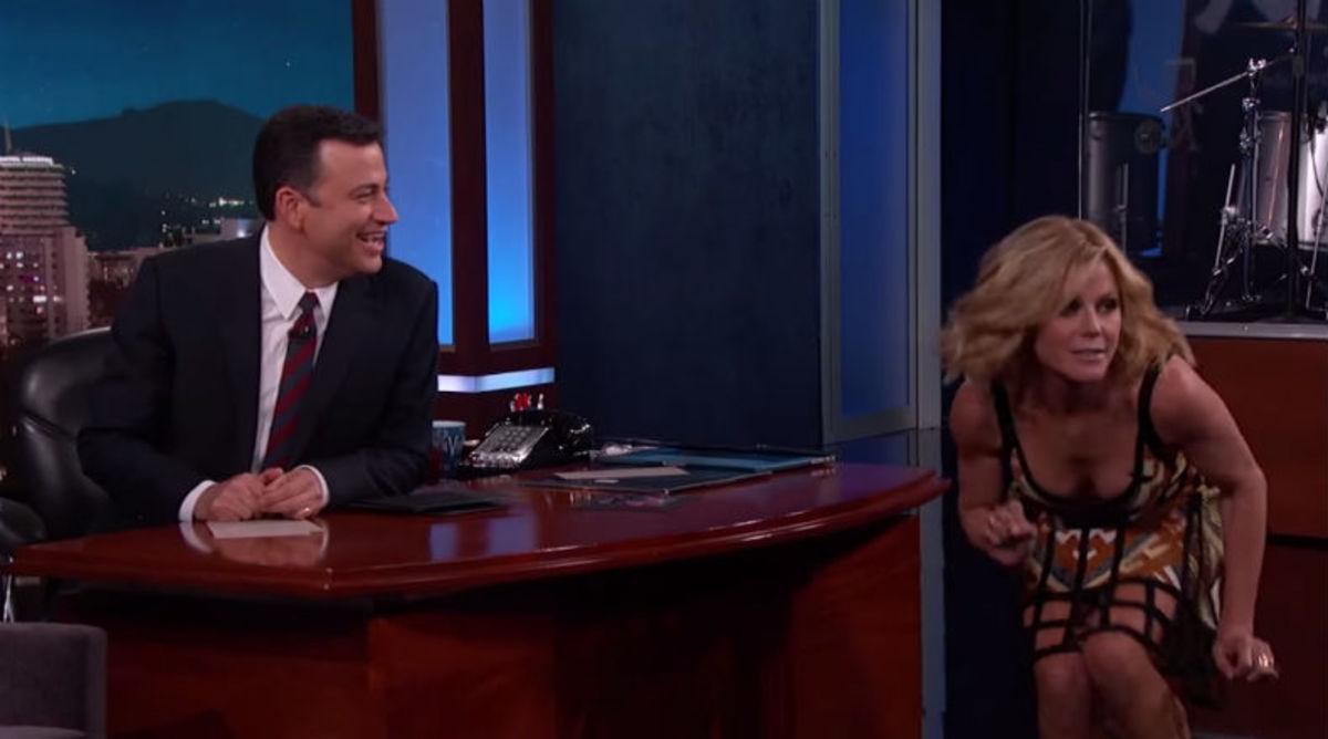 Julie Bowen Reveals an Embarrassing Moment During a Laker Game