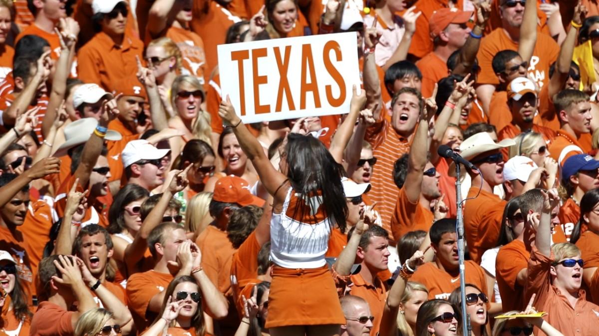 TexasFans.jpg