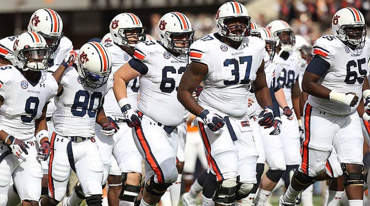 Auburn_Tigers_team_2014.jpg
