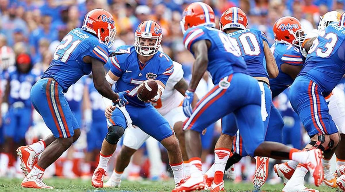 Florida_Gators_handoff_2015.jpg