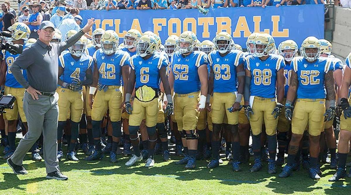 UCLA_Bruins_entrance_2017.jpg