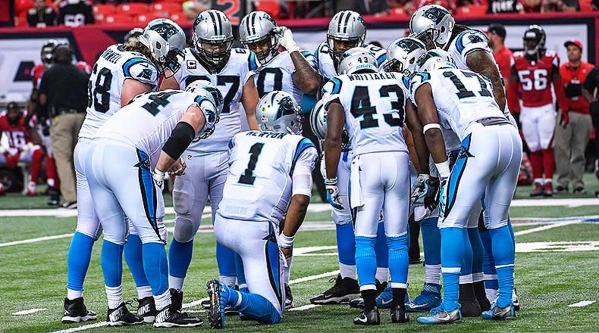 Carolina_Panthers_huddle_2016.jpg