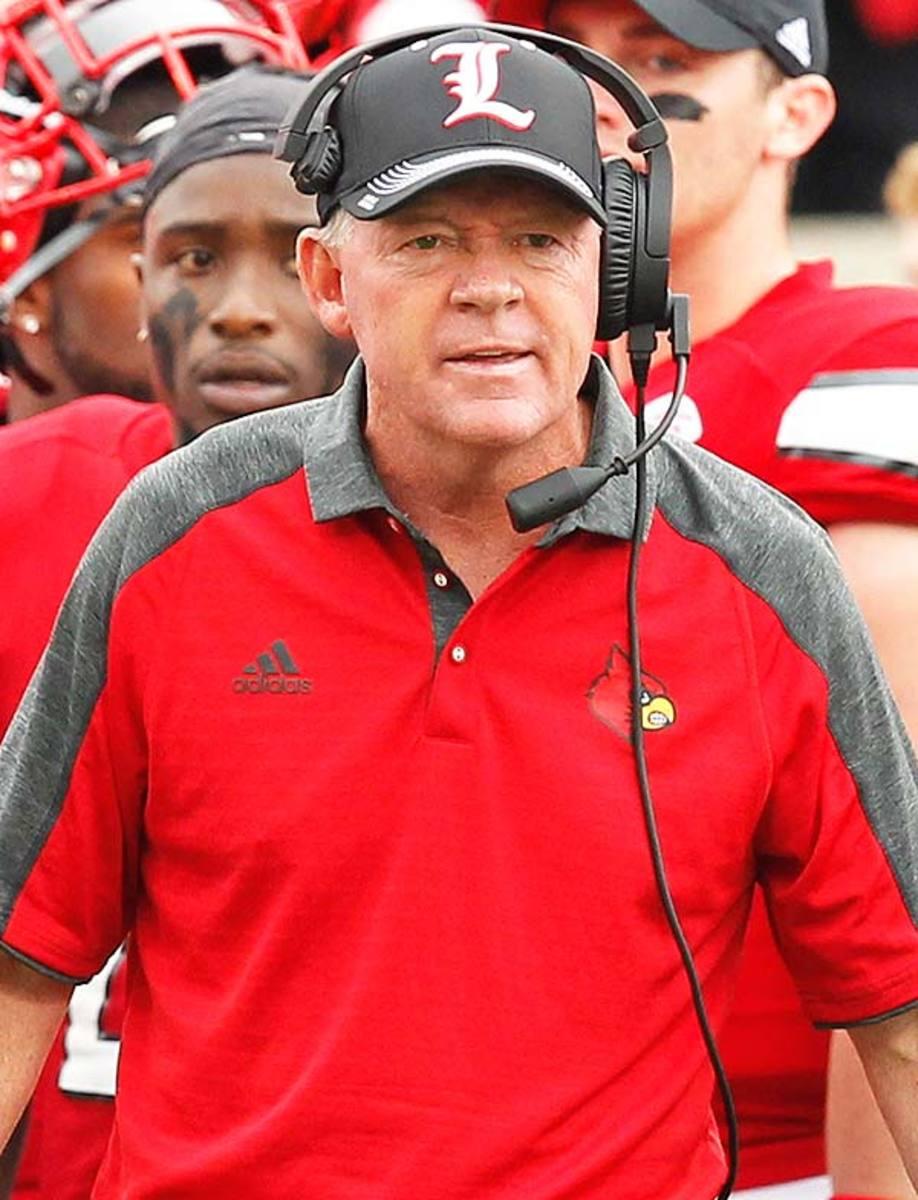 Louisville Cardinals head coach Bobby Petrino