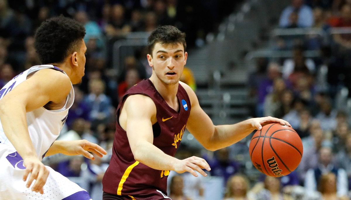 Loyola Basketball: Clayton Custer
