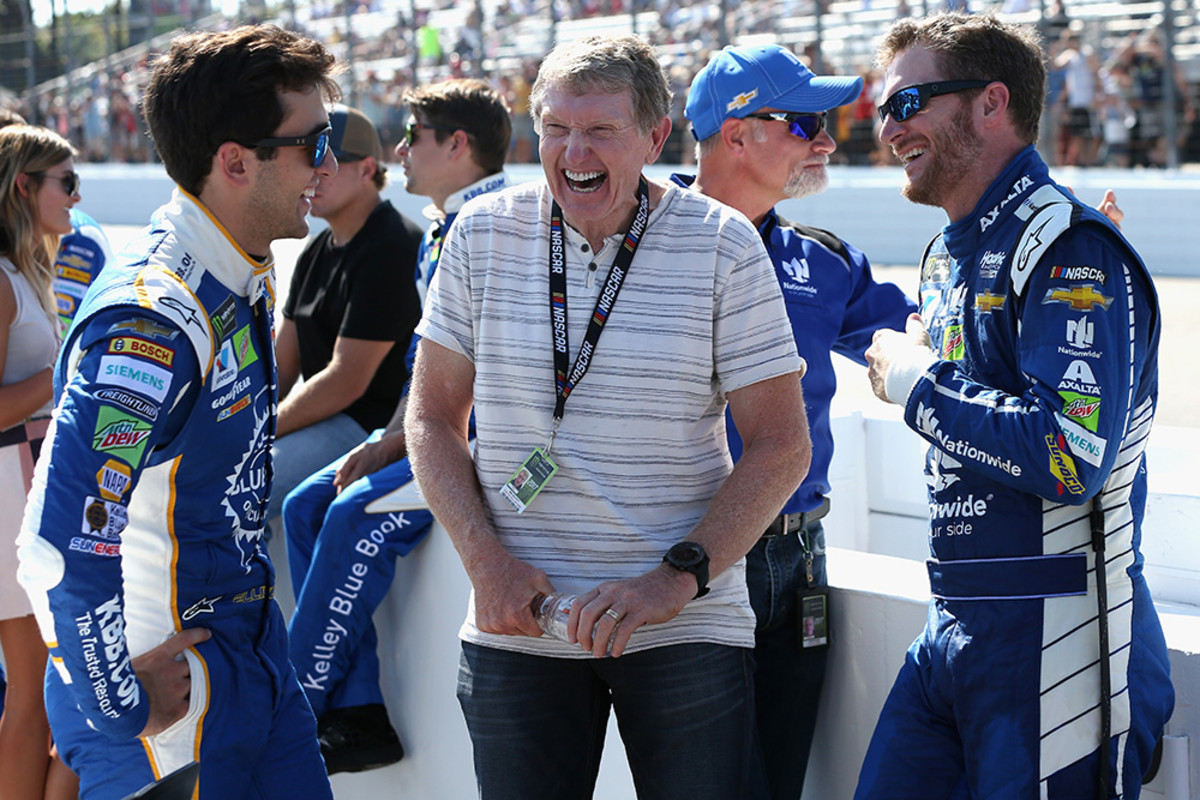 Chase Elliott with father Bill Elliott and Dale Earnhardt Jr.