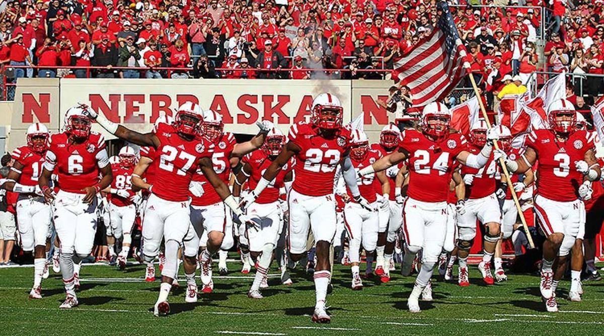NebraskaCornhuskers_team_2014.jpg