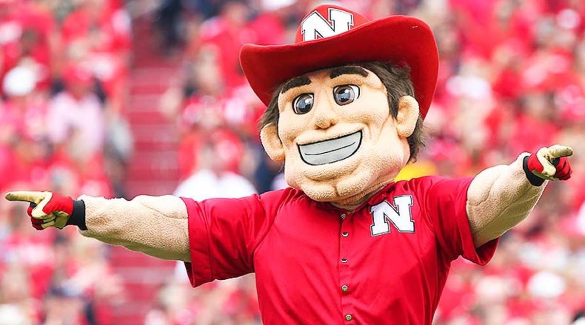 Nebraska Cornhuskers College Football mascot