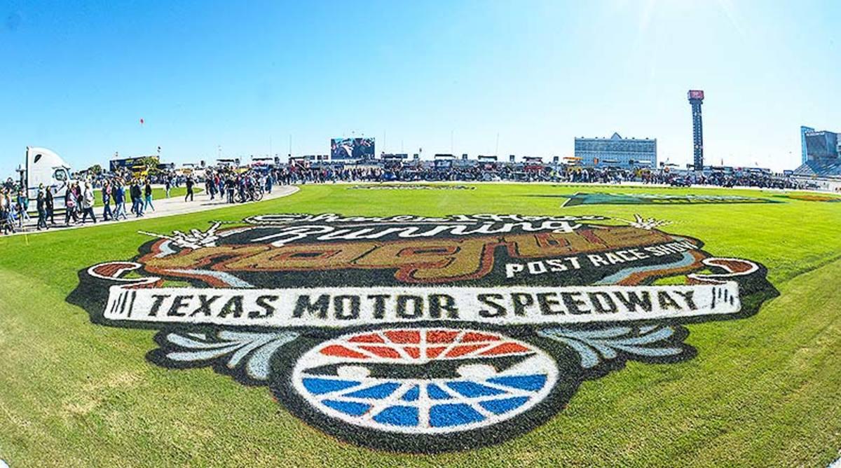 Fantasy NASCAR Picks: The Best 2018 AAA Texas 500 Lineup