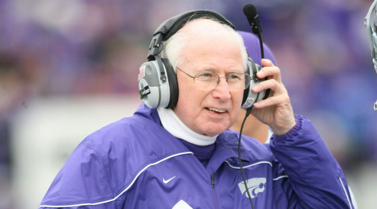 Kansas State coach Bill Snyder announced Monday that he has throat cancer.
