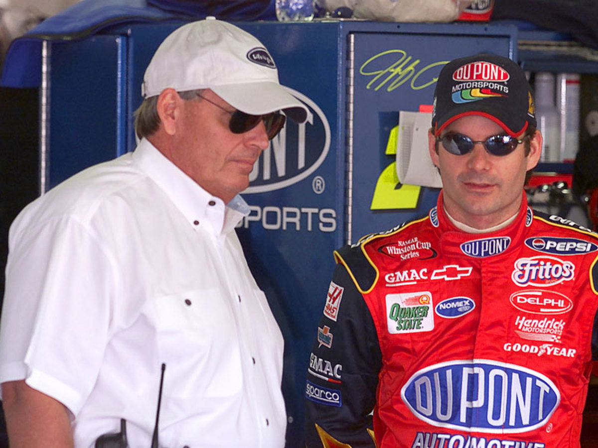Top 10 Amazing Feats in NASCAR History