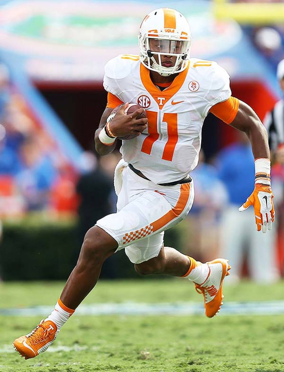 College Football Uniforms: Tennessee Vols