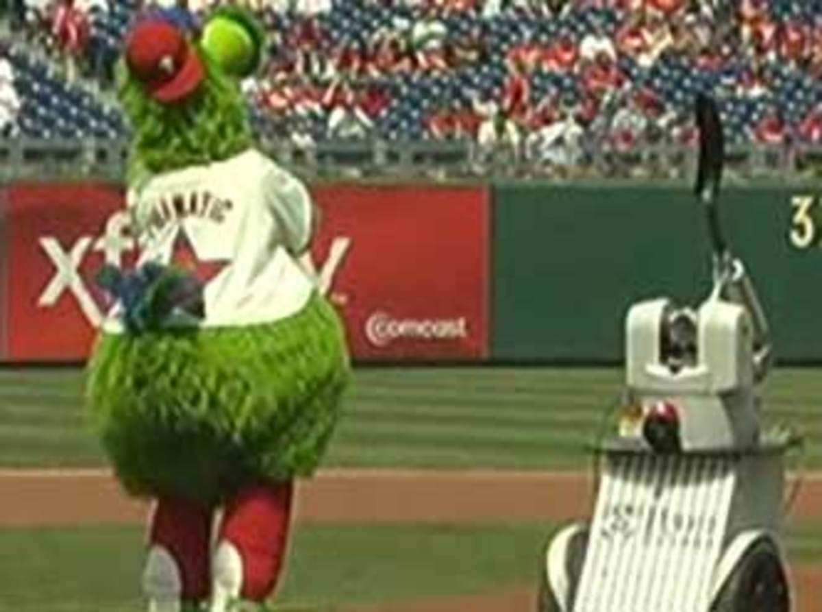 Phillies-robot-boo-cropped.jpg
