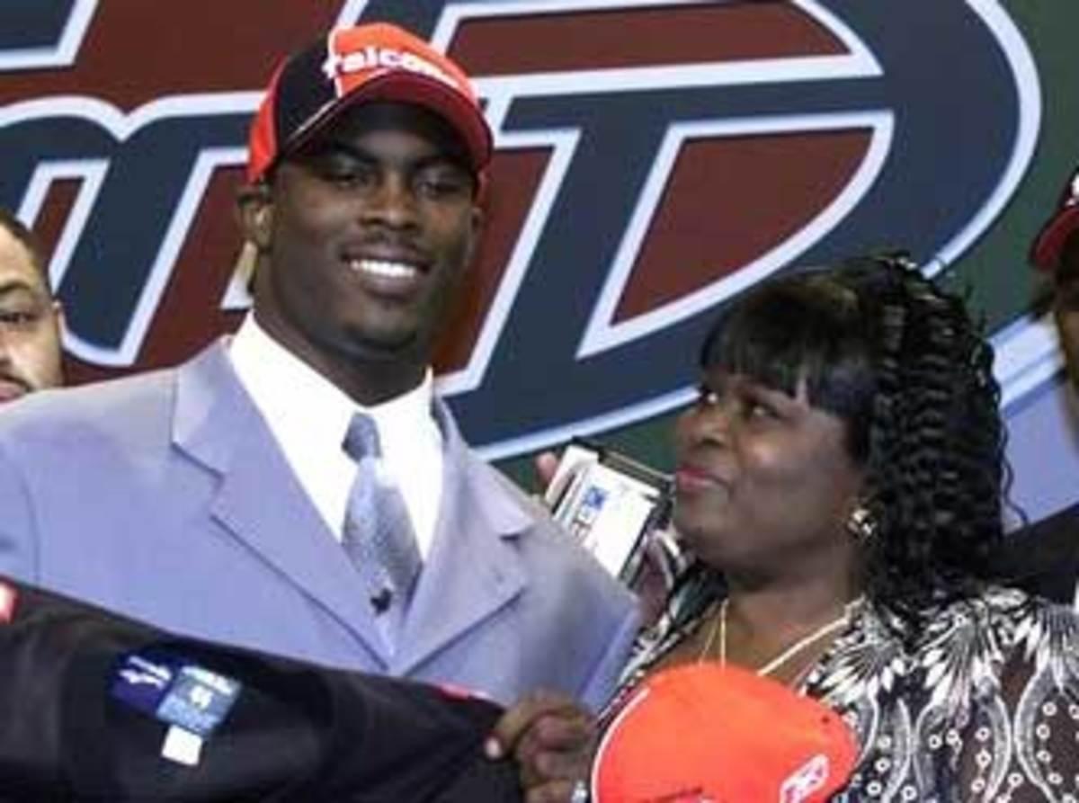 2001-college-football-draft-cropped.jpg