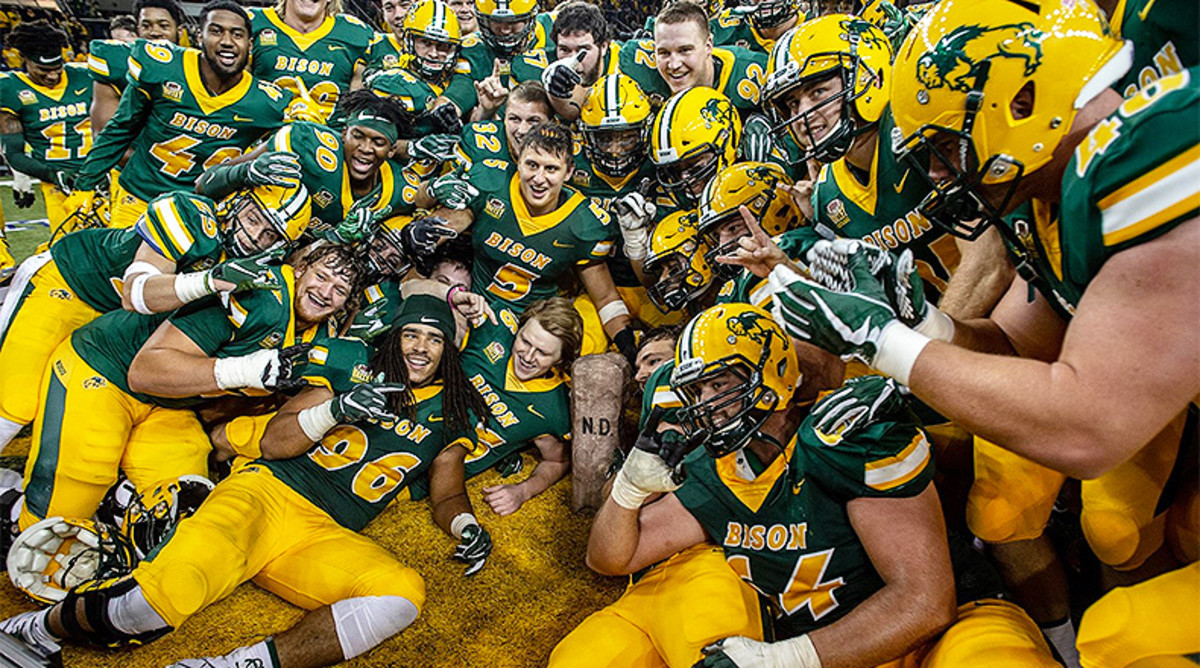 South Dakota State vs. North Dakota State Football Prediction and Preview