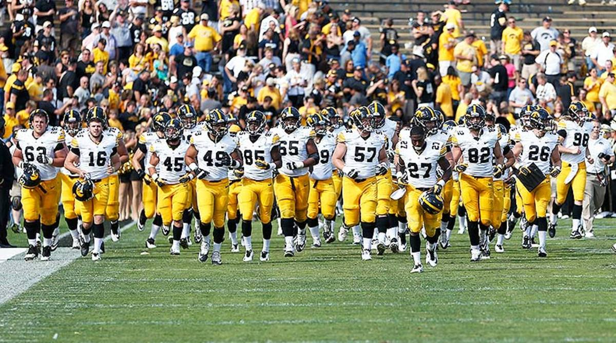 Iowa Football: 5 Newcomers to Watch for the Hawkeyes