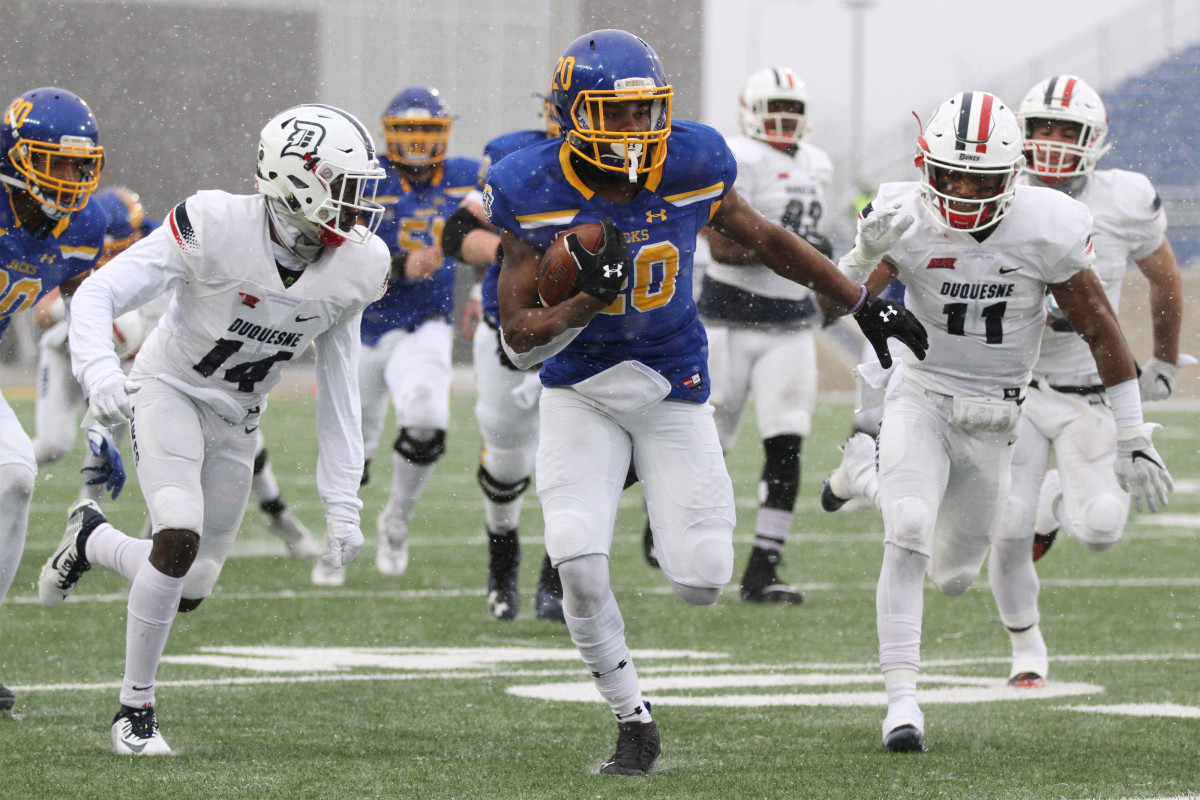 Projected FCS Playoff Qualifiers in 2019 - South Dakota State's Pierre Strong Jr.