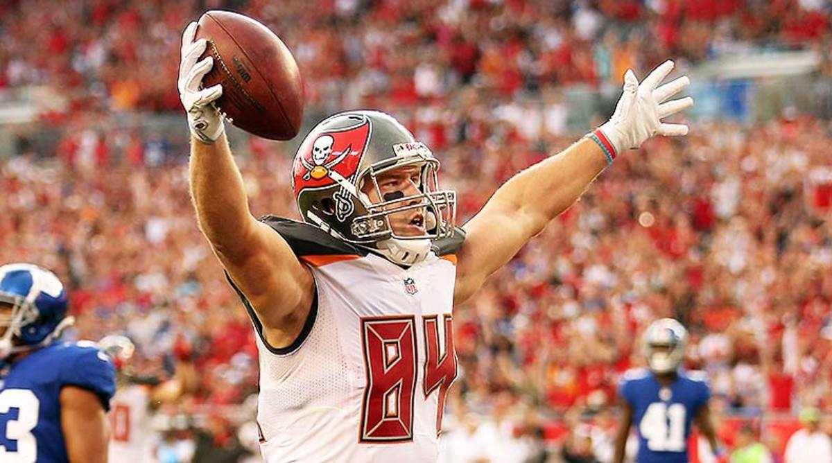 NFL DFS: Best DraftKings and FanDuel Predictions and Picks for Week 12
