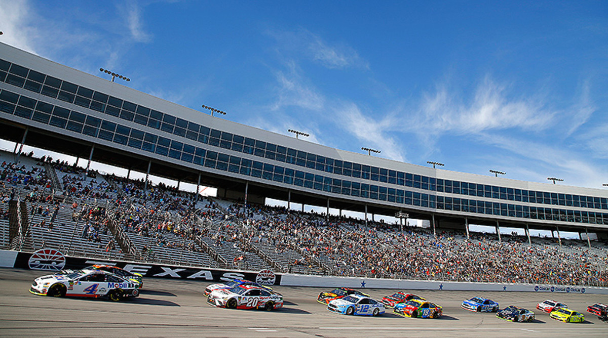 NASCAR Fantasy Picks: Best Texas Motor Speedway Drivers for DraftKings